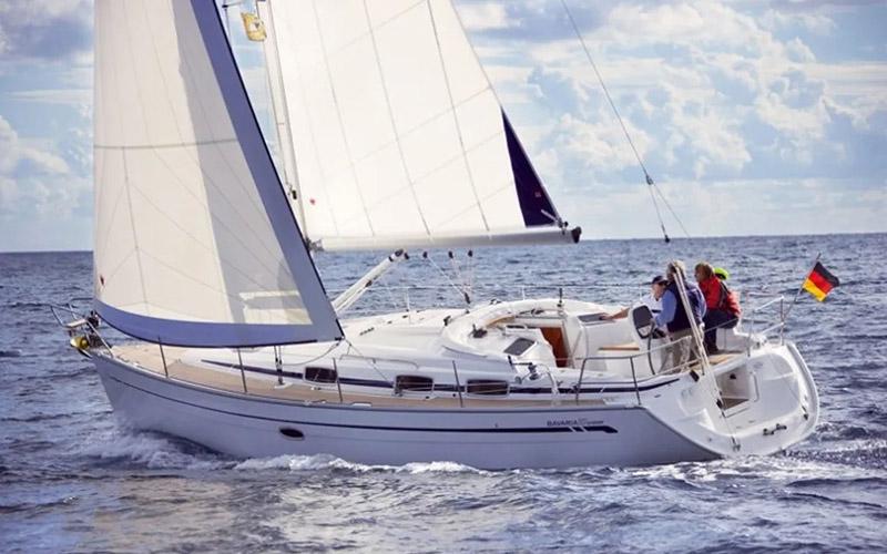 Bavaria 37 - Alexandros 3 2