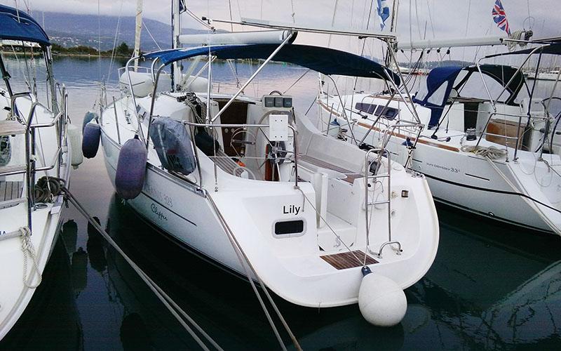 Beneteau Oceanis Clipper 323 - Lily 1