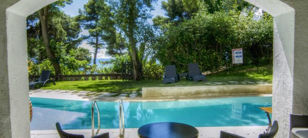 Ionian Blue Suite with Sharing Pool