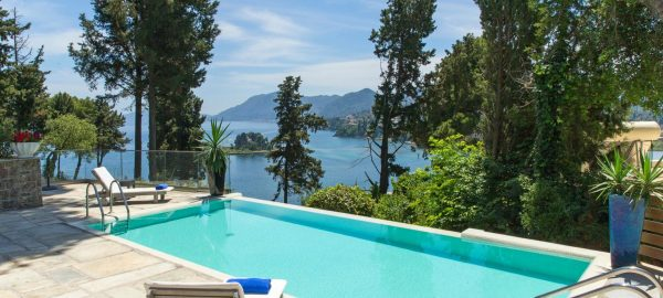 Superior Bungalow Sea View with Sharing Pool