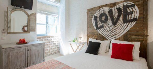 Double Room Rodo (Rose)
